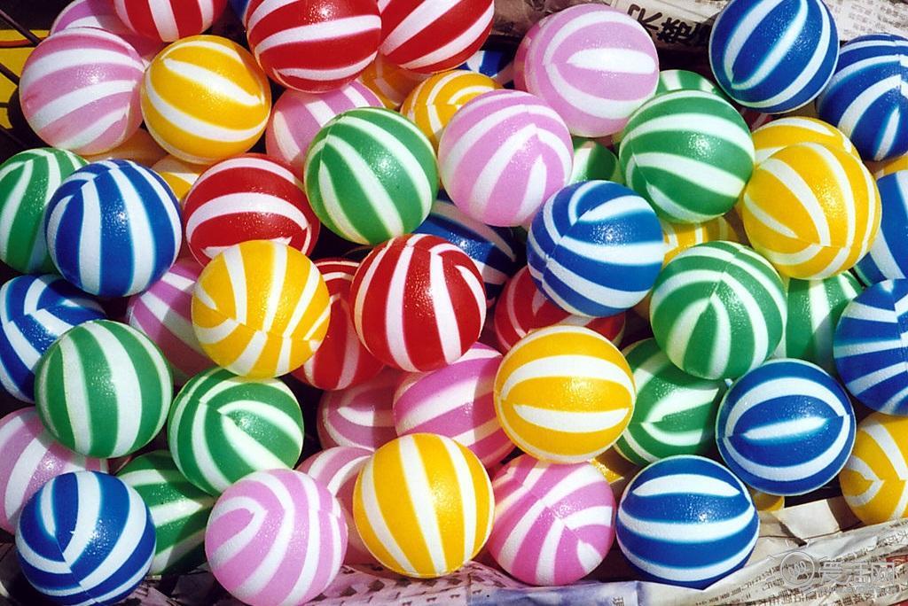 糖果_包裹时间的糖果 轻触ODM潮表的甜味开关 — 爱活网 Evolife.cn
