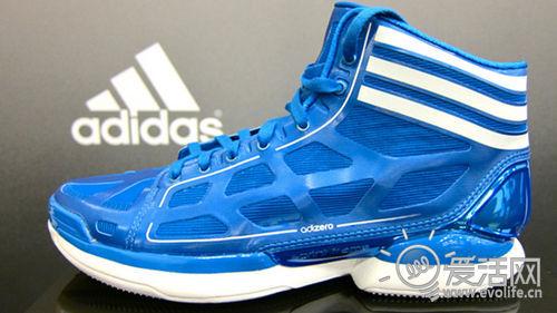 阿迪达斯带来世界最轻篮球鞋adiZero Crazy Light