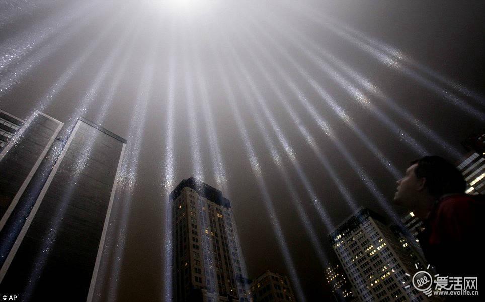 纽约 双子塔 光柱