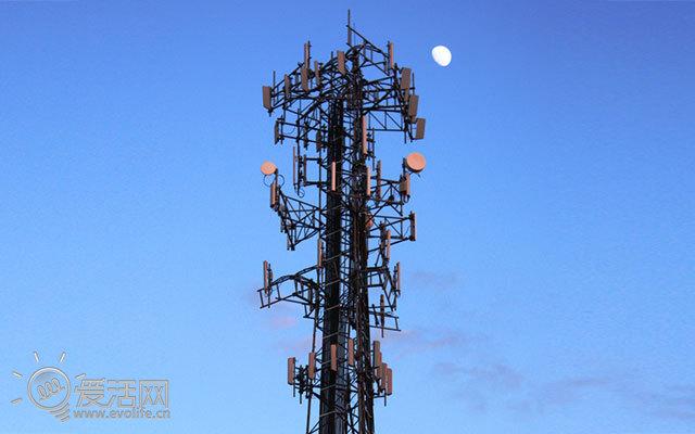 桑迪来袭大量信号塔倒塌