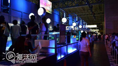 东京电玩展索尼尾翼速报_爱活网的款系v电玩是13d展台那图片