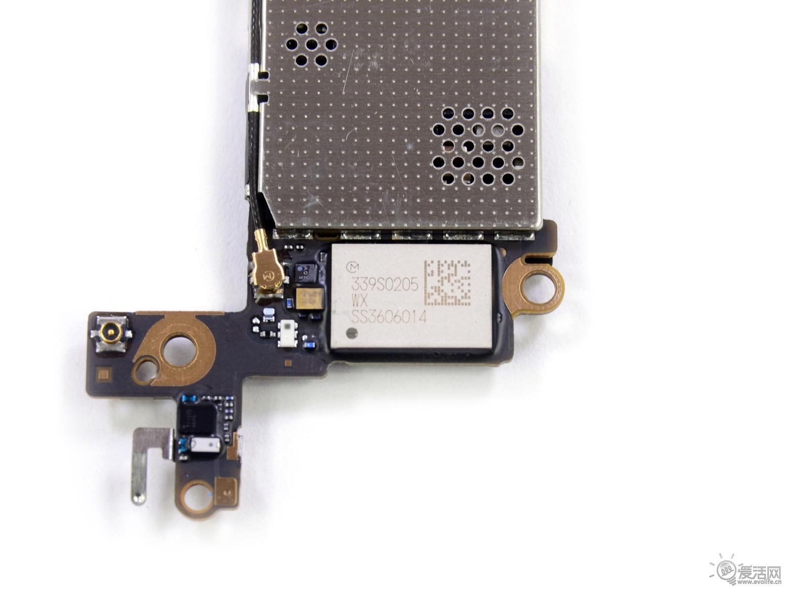 苹果5c电路实物图