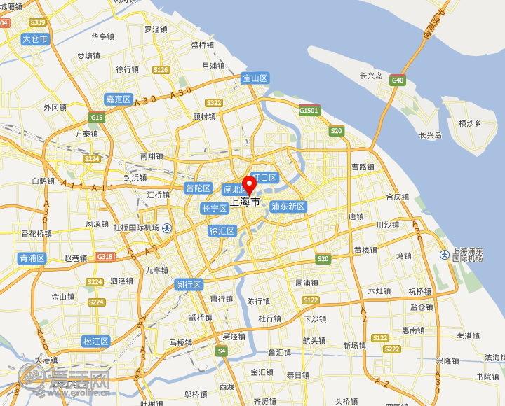 从地图上看位于上海市正中心,附近有2号,10号等多条地铁线路,交通极为