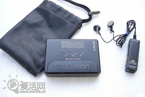 线耳机的随身听索尼WM-505】-Walkman 35年,索尼随身听简史
