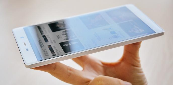 征服小清新 体验最干净的国产手机IUNI U3