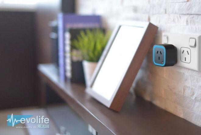 其实智能家居系统根本不需要手机 Oomi系统操控起来就挺方便