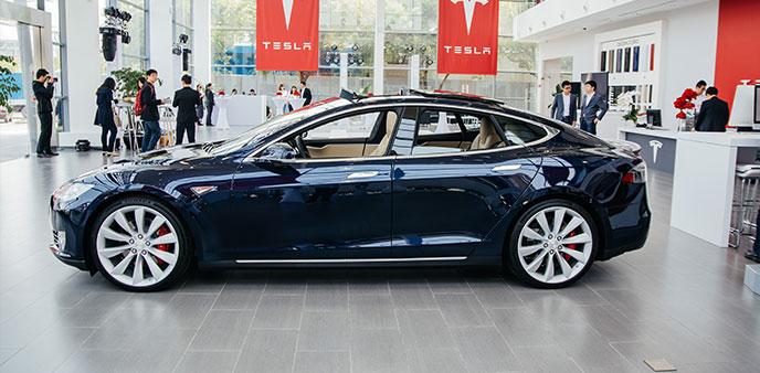 特斯拉第十家体验中心启用 店内Model S P85D帅爆了