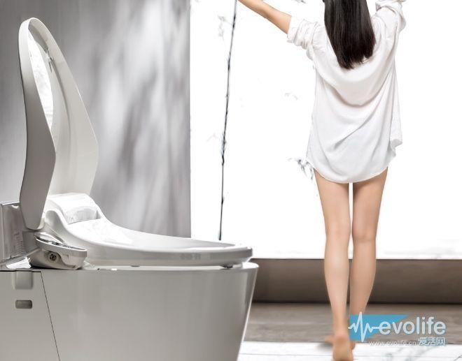 有逼格的单身汉每天在卫生间里究竟做了些什么?