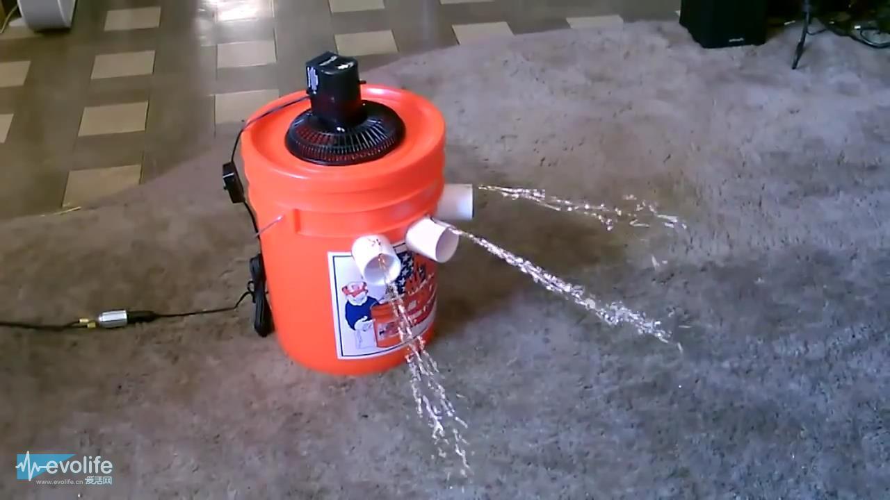 用塑料桶自制空调也是醉了