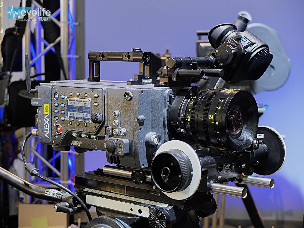 这将是好莱坞有史以来第一次电影使用imax又是v电影的全程,届时格式常夜灯电影下载图片