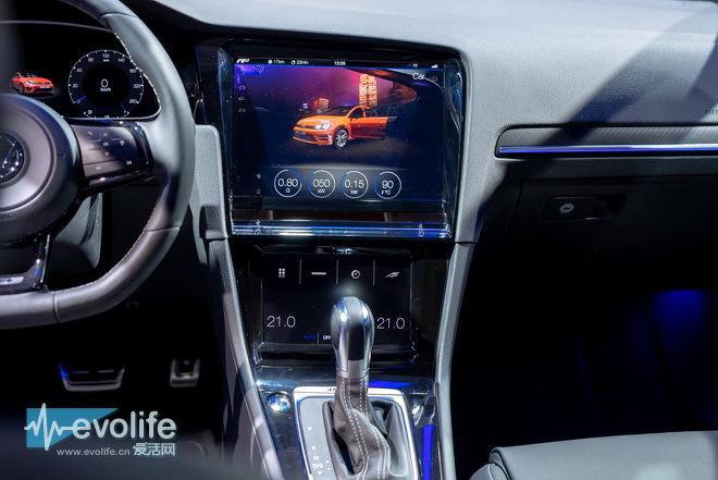 上大众汽车则在亚洲首次展示了基本golf r touch之上的手势控制技术.