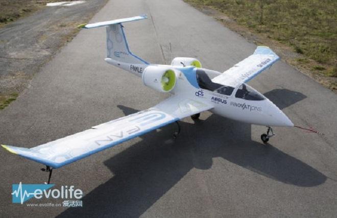 买台飞机当座驾 国内首款电动飞机锐翔rx1e将量产