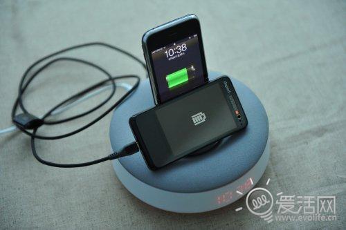 飞利浦底座DS1100两台手机一起充电