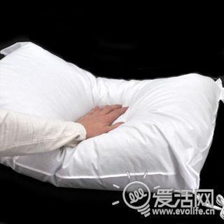 枕着音乐入梦乡 支持iPhone的音乐枕头陪你安眠
