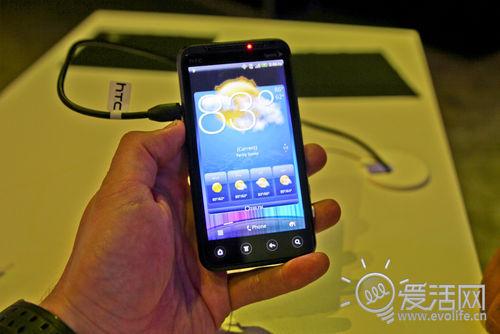 黑莓也爱火腿肠 传RIM挖走HTC Sensc之父打造全新UI