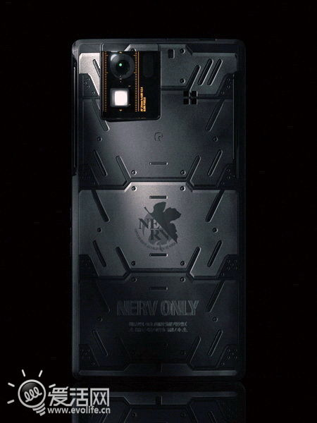 使徒再临 夏普AQUOS PHONE SH-06D EVA纪念版6月上市