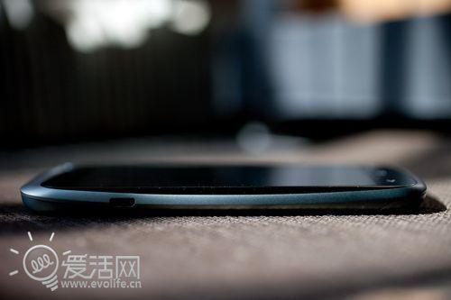 面子更重要 HTC称手机电池够用就好更轻更薄才是王道