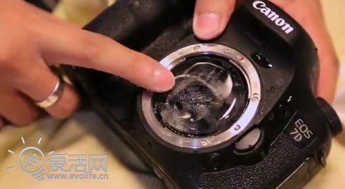车震枪击火烧 史上最残酷佳能相机变态测试