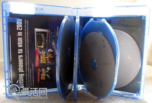 索尼放弃纯网络游戏机方案 PS4仍将搭载物理光驱