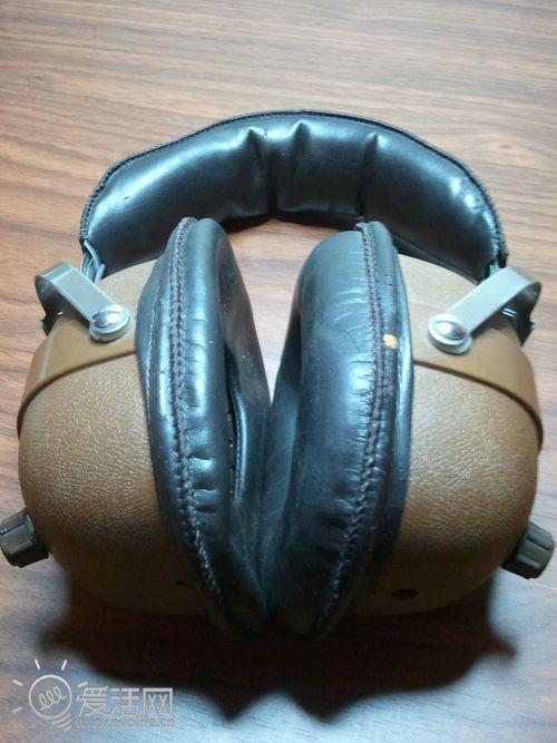 随蓝牙回到往日 国外手工帝老耳机改造成有线蓝牙耳机