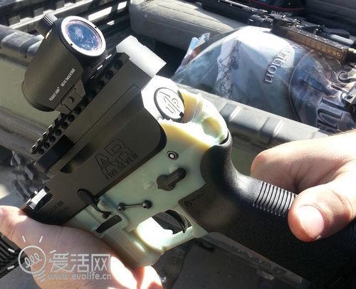 步枪也能用3D打印机制造 DefDist小组启动开源枪支项目