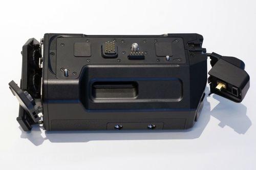 松下微单旗舰GH4售价要价1299英镑 真机上手图曝光