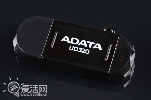 大口小口照插不误 威刚UD320 OTG U盘试玩