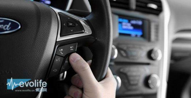 听说福特和通用汽车的CD能翻录? 先把版权费费交上来