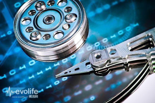 日立发布世界上最快的2.5寸机械硬盘 转速达10000RPM