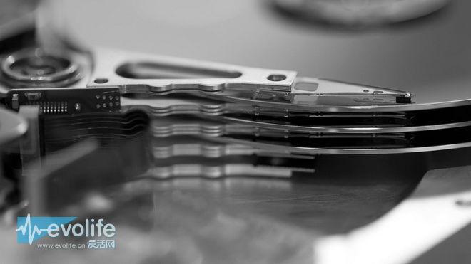 希捷全球首款8TB机械硬盘出货 片子再多都装得下