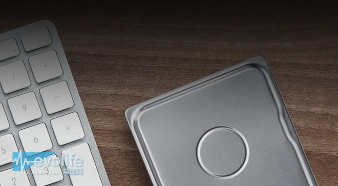 移动硬盘厚度又有新纪录了 希捷把它做到了7毫米