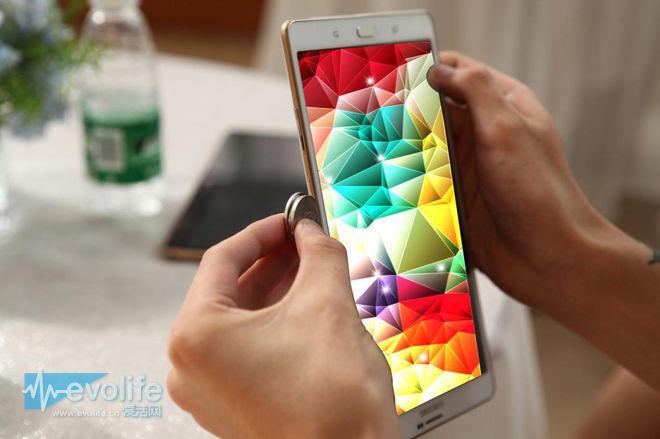拆谷歌后台的节奏?据说三星Galaxy S6要预装微软的应用和服务