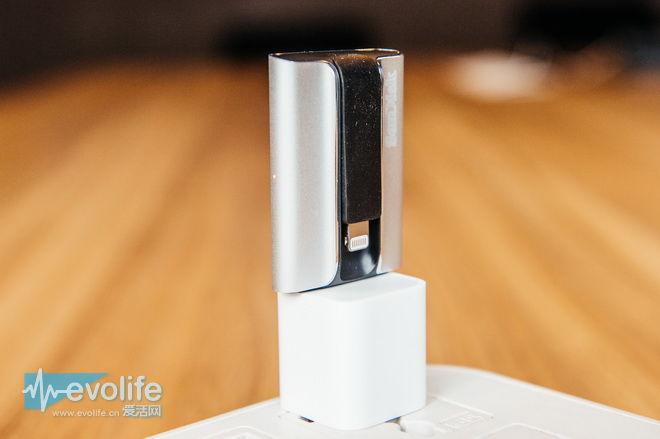【爱活菜鸟学院】给iPhone扩容 使用闪迪欢欣i享闪存盘要有正确的姿势