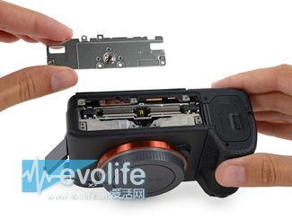 大法信仰在此 最强全画幅午饭相机索尼A7R II详细拆解
