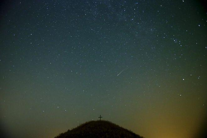 【去他的摄影】和夏天有个约定:镜头下的英仙座流星雨