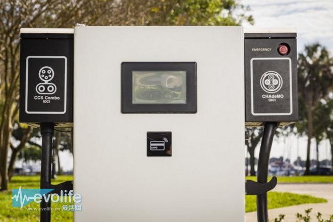 日产联合宝马在美建设120个超级充电站 Leaf和i3组团充电