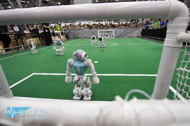 摄像师还是回家洗洗睡吧 AI正打算学习如何拍一场足球比赛