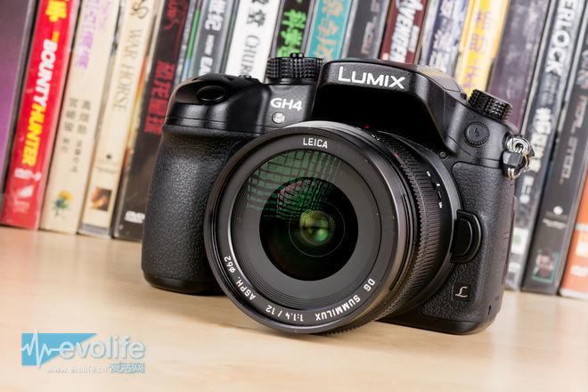 除了有徕卡标还有大光圈 就问你想不想要松下12mm / f1.4镜头吧